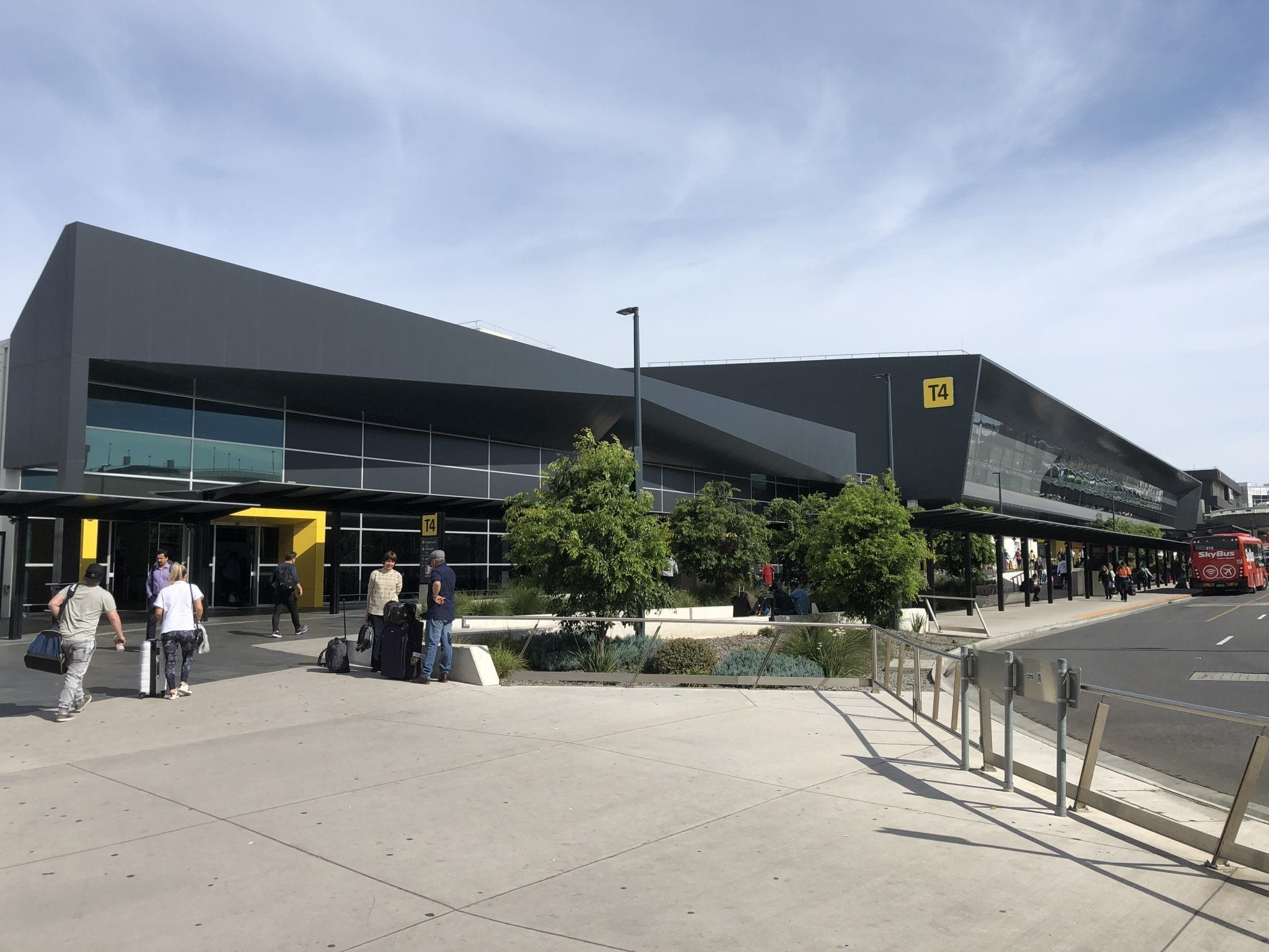 melbourne airport sits right - HD2048×1536